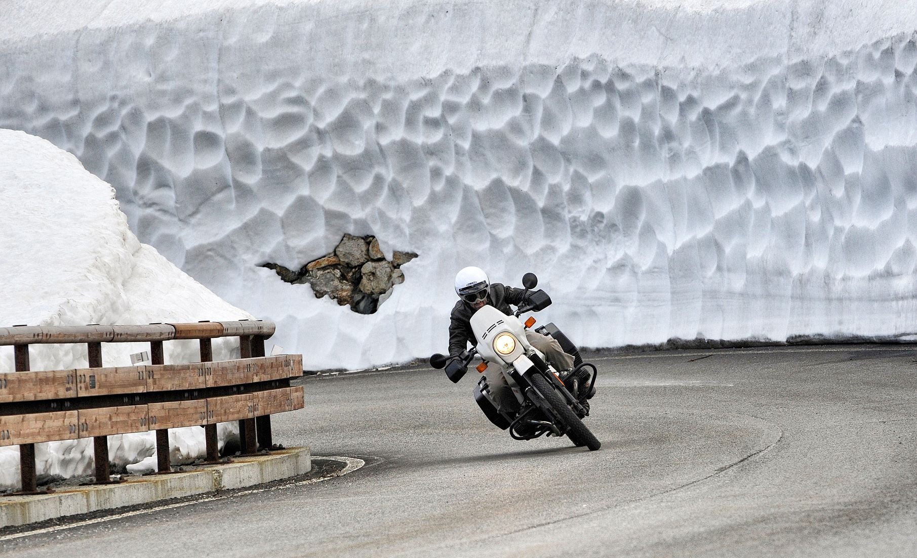 Cold feet motorcycle